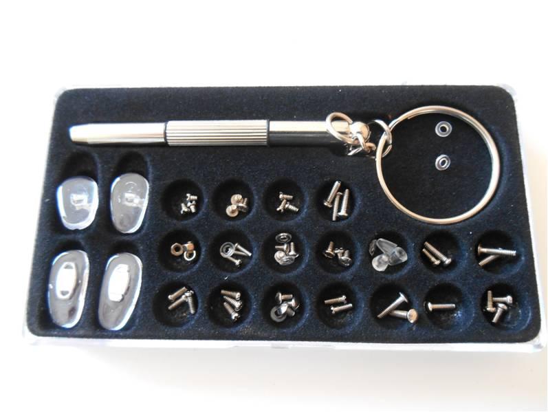 kit de r paration pour lunettes livraison 0 ilya2too. Black Bedroom Furniture Sets. Home Design Ideas