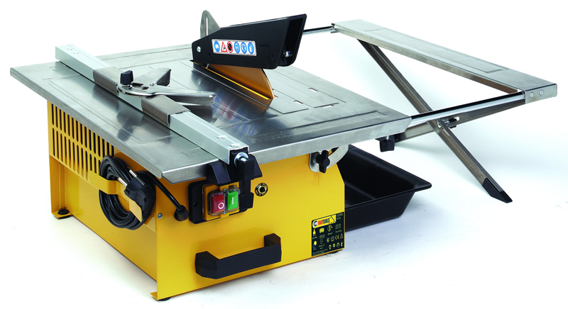 Ilya2too loisir bricolage electrom nager outillage for Coupe plinthe carrelage a 45
