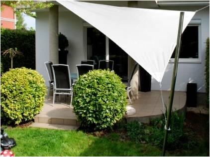 voile ombrage triangulaire sur mesure jusqu 39 15m2 ilya2too. Black Bedroom Furniture Sets. Home Design Ideas